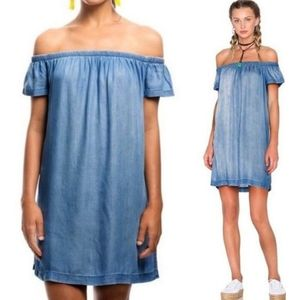 ANTHROPOLOGIE Cloth & Stone Chambray off shoulder